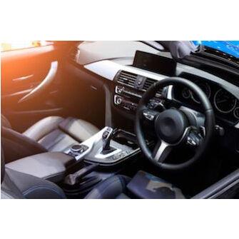 Nettoyer les sièges d'une voiture en deux temps trois mouvements !